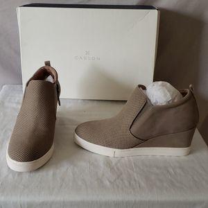 New Caslon Aiden Wedge Sneaker